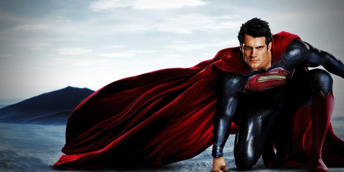 Henry Cavill tem retorno garantido como Superman